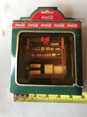 Coca Cola Town Square Collection - Newsstand / Coke Collectible