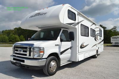 2014 Forest River Sunseeker 3100SS Class C Motor Home RV V10 Ford Low Miles