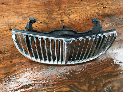 1998 1999 2000 2001 2002 Lincoln Town Car front grille XW13-8200-AA