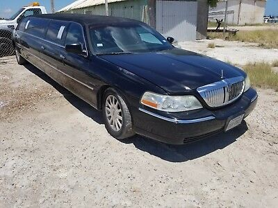 2003 Lincoln Town Car Limo 2003 Lincoln Town Car Limo