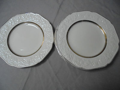 CROWN DUCAL FLORENTINE.  6 Bread & butter plates. 17.5 cm diameter.