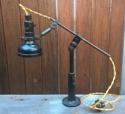 Vintage Art Deco Singer Industrial Sewing Machine Bakelite Table Lamp Desk Light