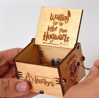 Harry Potter Wooden Music Box Interesting Craft Engraved Wooden Hand-Cranked Toy