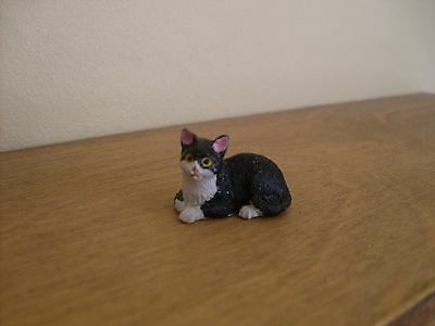 Dollshouse Miniature   ~ BLACK & WHITE #3  ~ Cat