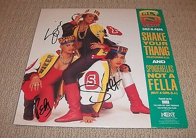SALT N PEPA -  SIGNED Shake Your Thang / Spinderella's Not A Fella VINYL RECORD!
