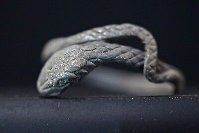 Ancient Roman Silver Finger Ring depicting Serpent Snake Animal, c 250-350 AD.