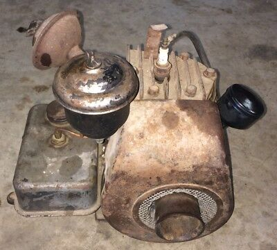 Antique Briggs And Stratton WI Engine Motor Hit And Miss Vintage Kick Start