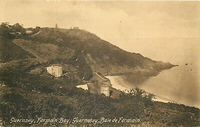s10128 Fermain Bay, Guernsey postcard unposted