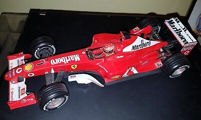 F1 ferrari F2003 GA 1/18 - Schumacher Hot Wheels. Marlboro decals. Champion