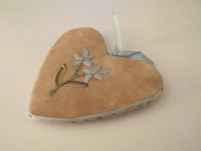 Vintage Heart Shaped Velvet & Floral Embroidered Sewing Pin Cushion