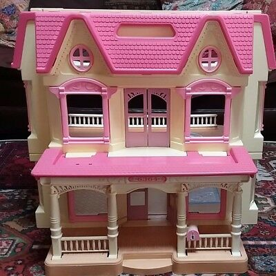 Fisher Price Loving Family Dream Dollhouse 1993 Pink Roof