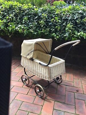 Lovely Original Vintage Dolls Pram
