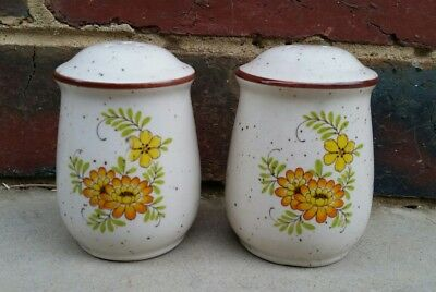Vintage salt and pepper shakers - made in Japan - otagiri?