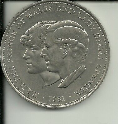 Great Britain  25 PENCE CROWN 1981  KM925 - Charles And Diana