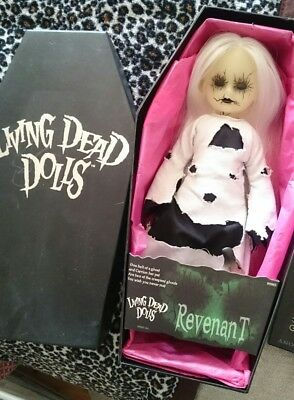 Mezco Living Dead Doll - Series 6 Revenant - excellent condition in box/coffin