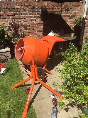 Belle 150 240v Cement Mixer With Stand