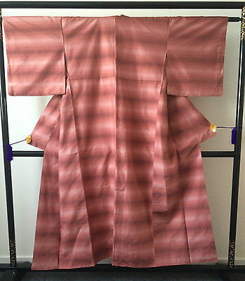 Vintage authentic Japanese silk kimono, pink, Japan import (E129)