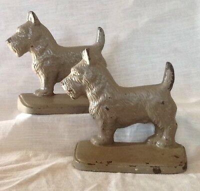 Pair Of Vintage Cast Iron Scottie Dog Terrier Bookends