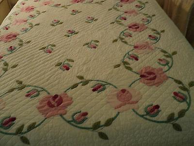 Vintage Hand Sewn Appliqued Quilt Pink Flowers