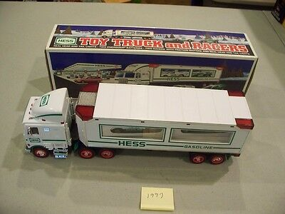 Hess Toy Truck And Racers 1997 New In Box Free Shipping
