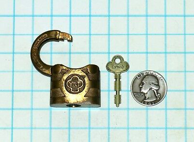 Vtg Antique Small Yale & Towne STANDARD Y&T Brass Lever Padlock Lock and F3 Key