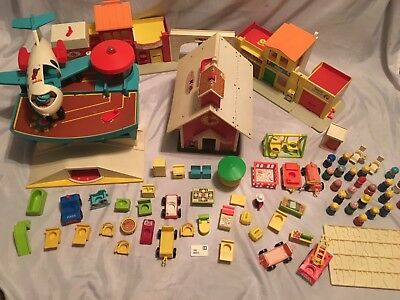 Large Mixed Lot of Vintage 1970's Fisher Price Little People