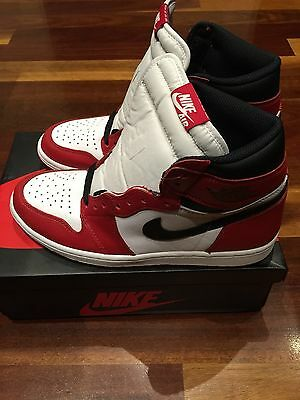 Nike Air Jordan 1 Chicago OG DS Size 9 2015