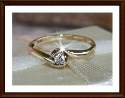 ESTATE genuine solitaire diamond ring set in solid 9ct 9K yellow gold, 0.10ctw