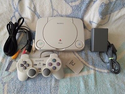 PS1 CONSOLE PSone PLAYSTATION + DUAL SHOCK CONTROLLER - POWER & VIDEO LEADS