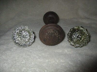 Antique Door Knobs Two 12 Point Crystal/glass And Two Metal Knobs With Shaft