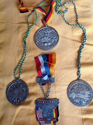4x Alte Medaille