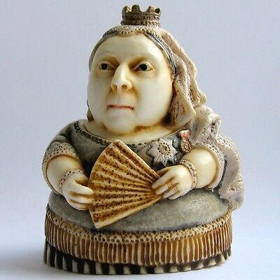 Queen Victoria - Pot Bellys - NIB - Historical Figurine  MPS Harmony Kingdom