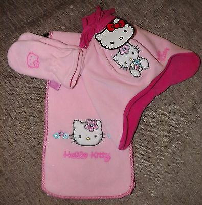 NWT Hello Kitty Pink Fleece Scarf, Hat & Gloves Set - Age 2-4 Years