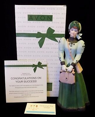 2017 Mrs Albee Full Size Porcelain Victorian Figurine P C Award Doll Ships Free