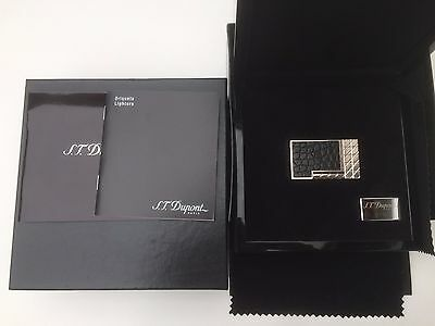 Dupont Lighter with original box and documents