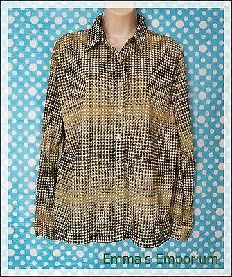 Vintage Green Geometric Patterned Blouse - 100% Polyester - Large