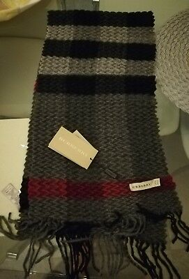 Burberry Sciarpa Scarf Cashmere 100% Made In Scotland. New With Tag And Box