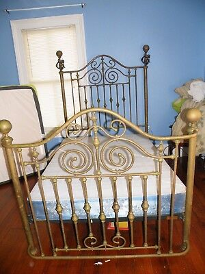 Brass Beds of Virginia Antique Brass Bed Full Size