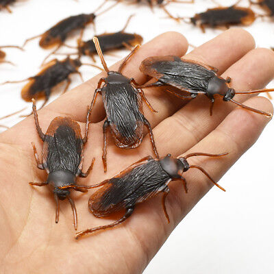 12Pcs Plastic Brown Cockroach Trick Toy Party Halloween Haunted House Prop Decor