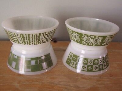 "Lot Of 4 Green Mod Design Fire King 5"" Cereal/soup/chili Bowls"