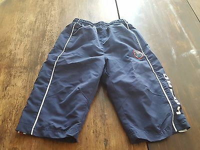 Boys sports pants shorts umbro 8 - 9 years navy blue
