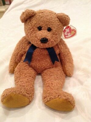 Ty Beanie Buddy Fuzz The Bear With Tag And Protector