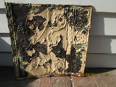Antique Decorative Tin Ceiling Tile Panel (2'x2').