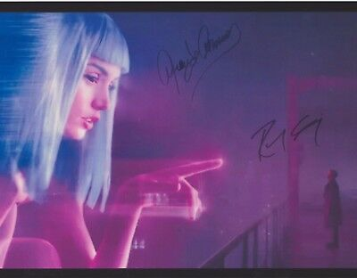 Ryan Gosling Ana de Armas Blade Runner 2049 EXTREMELY RARE DUEL-SIGNED RP 8x10!!