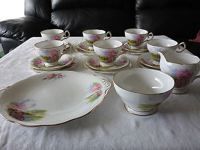 Queen Anne England Teaset 21 Piece Meadowside Fine Bone China