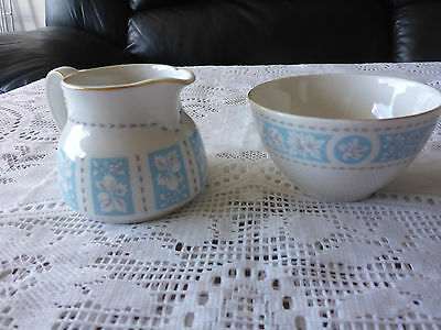 Royal Doulton England Hampton Court Small Sugar Bowl And Creamer