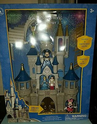 DISNEY WORLD PARKS CINDERELLA CASTLE PLAYSET MICKEY MINNIE ☆Fireworks☆ NEW