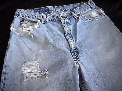 DESTROYED VINTAGE LEVIS 560 denim jeans mens 34x30 TAPERED LEG DISTRESSED