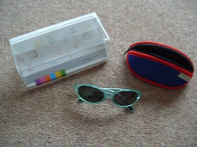 Childs Centrostyle 16553 Sunglasses Original case and box Optical standard