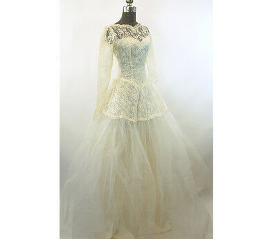 1950s wedding gown dress tulle lace long sleeved lace illusion ivory